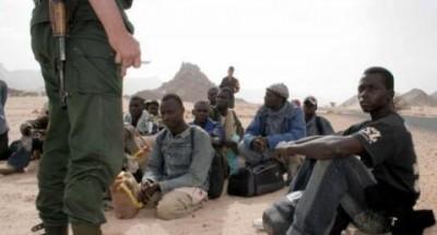 الجزائر الفرنسية تمارس عمليةَ إصطيادٍ لللاجئين الأفارقة لطردهم نحو بلدانهم الأصلية