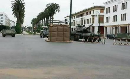 آليات عسكرية و ذخيرة حية أمام البرلمان المغربي