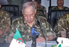 بداية نهاية نظام الجزائر العسكري المشلول:غياب المؤسسات.الفساد وفضائح بانما..