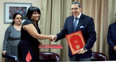 معارضون بتندوف يتهمون البوليساريو بـبيع الوهم لسكان المخيمات بعد تطبيع العلاقات المغربية الكوبية