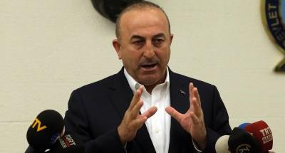 تركيا تؤيد الضربة الأميركية وتدعو للإطاحة بالأسد