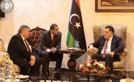 أميركا تحذر من حرب أهلية وتفاقم الإرهاب بليبيا