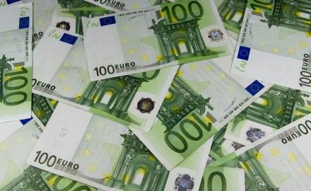 تفكيك شبكة مغربية جزائرية لتبييض الأموال