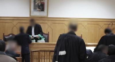 حكم بالسجـن النـافذ على أم تلميذ صفعت مدير مدرسة
