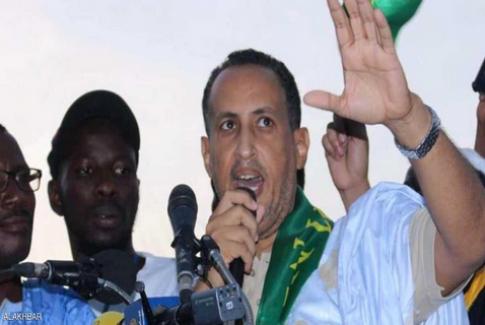 رئيس موريتانيا يعتقل عضوا بمجلس الشيوخ بتهمة طلبه أموالا من المغرب